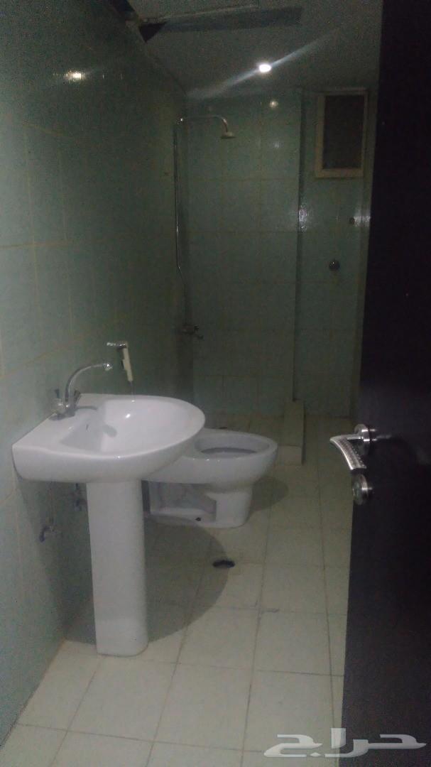 غرف عزاب للأيجار بسعر مخفض 550 بدون فرش