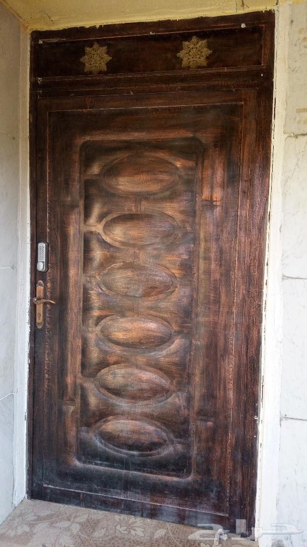 باب حديد للبيع .