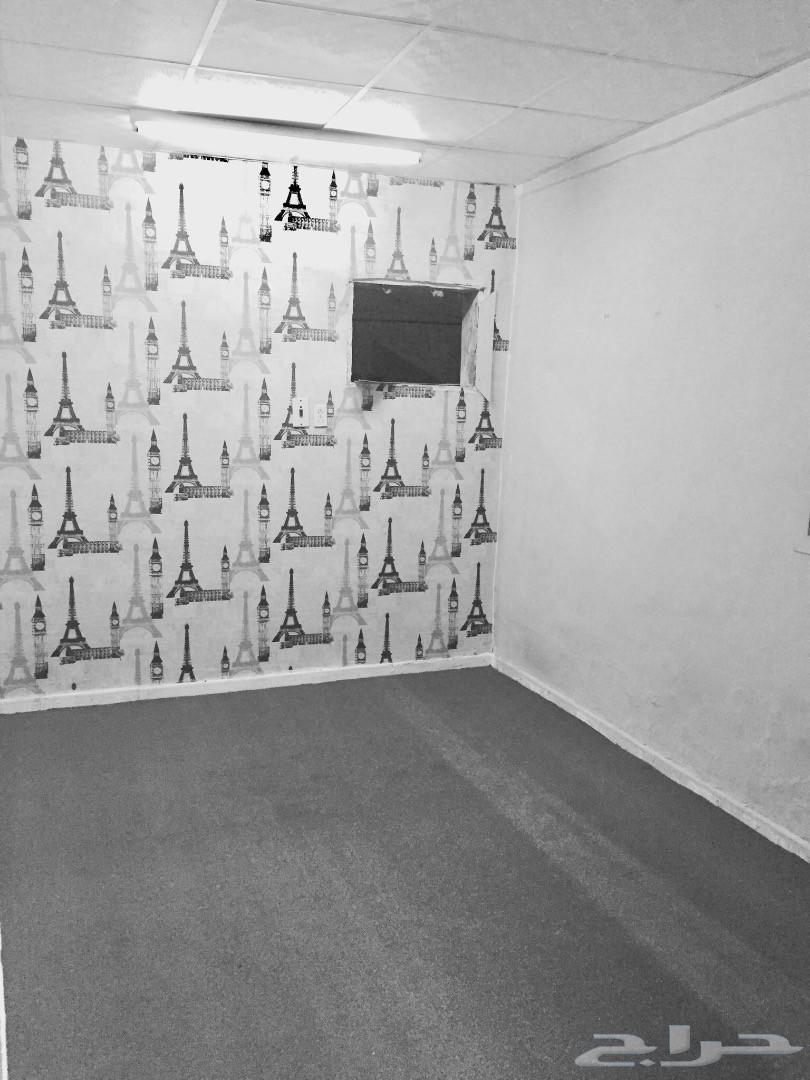 شقة عزاب غرفتين وصاله للإيجار في رأس تنورة