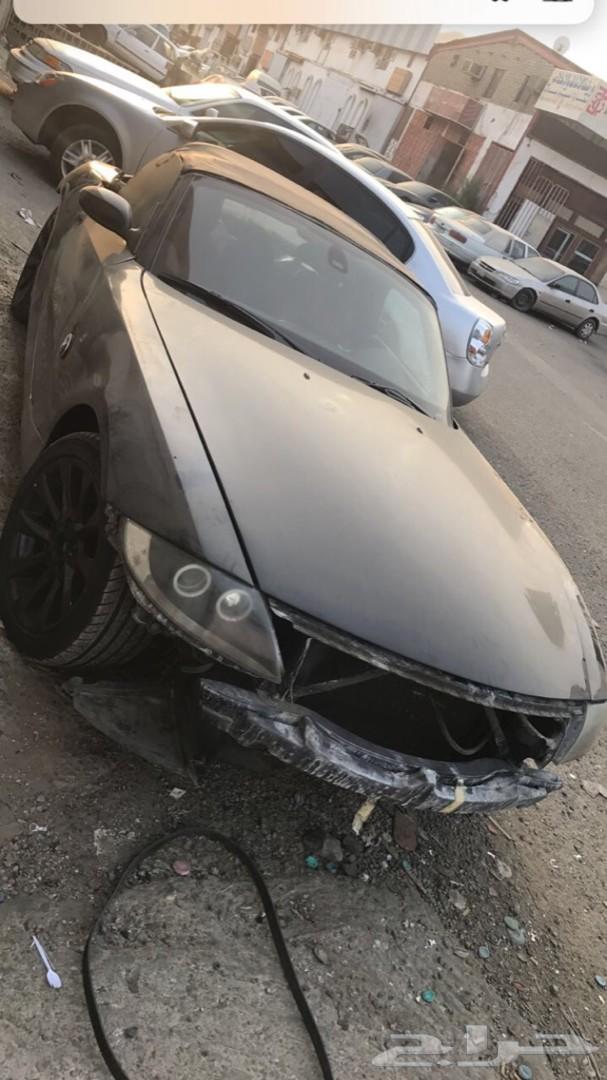 BMW Z4 تشليح للبيع قطع