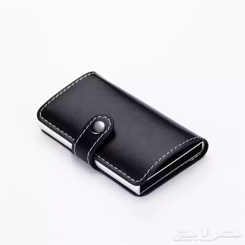 محفظة البطايق ب 35 ريال