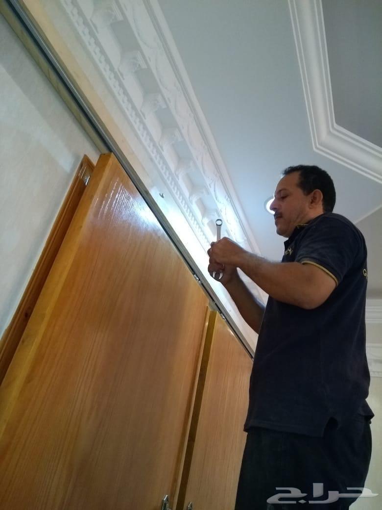 تفصيل أبواب خشبية بسحاب للمجالس