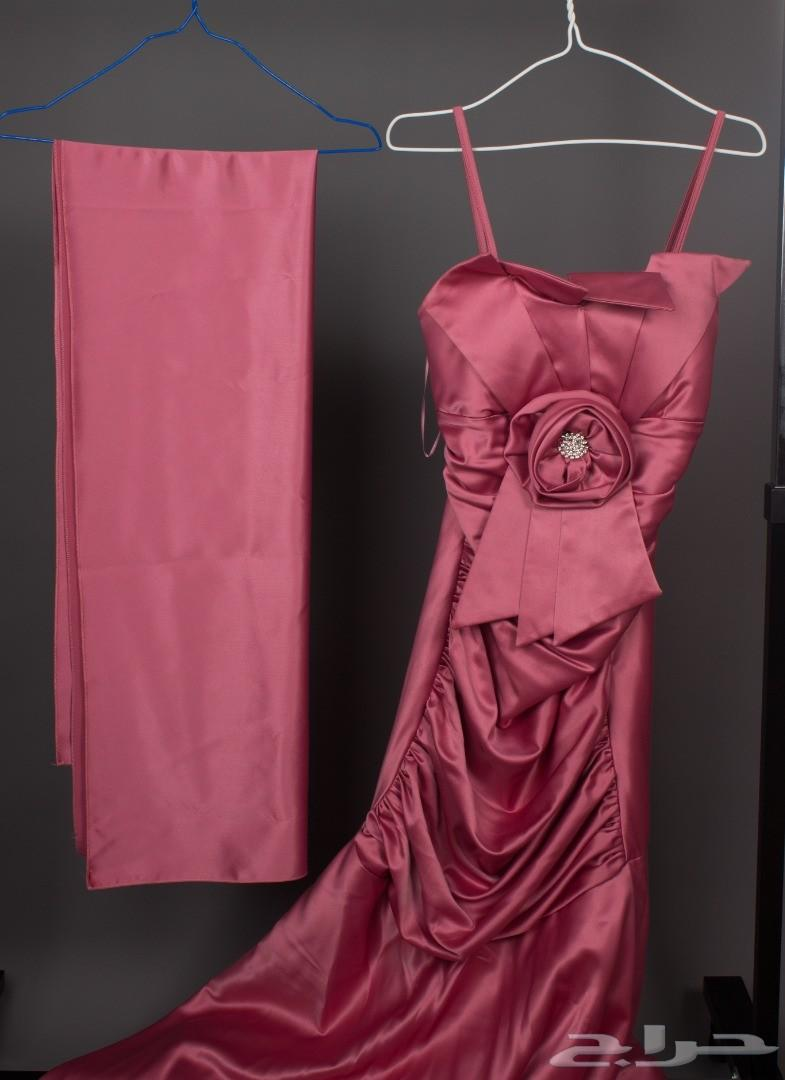 فستان نسائي للبيع