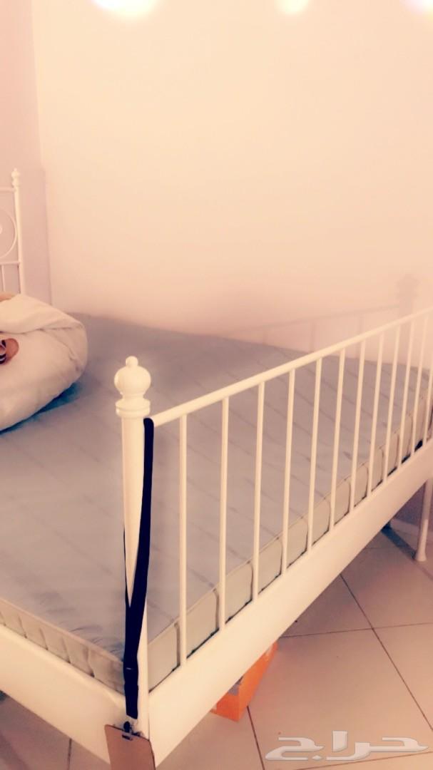 مرتبة سرير من ايكيا جديده