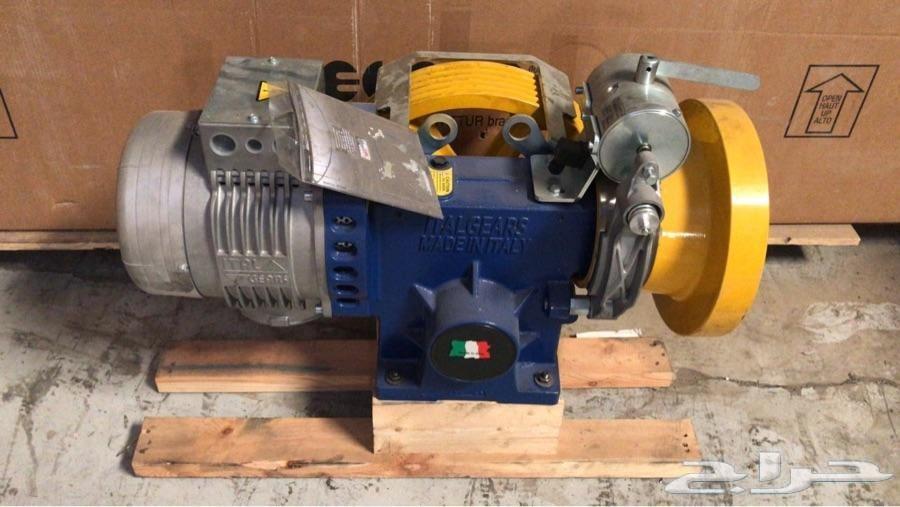 مصاعد ايطالية تركيب وصيانة والسعر شامل الضريب
