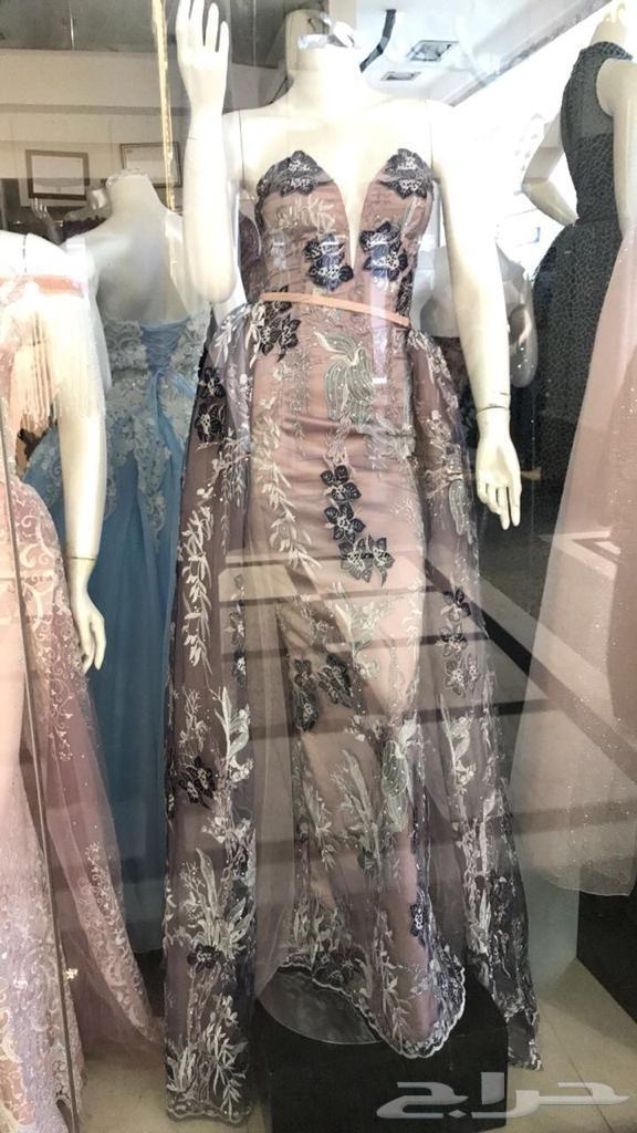 فستان سهره اللون لحمى واسود