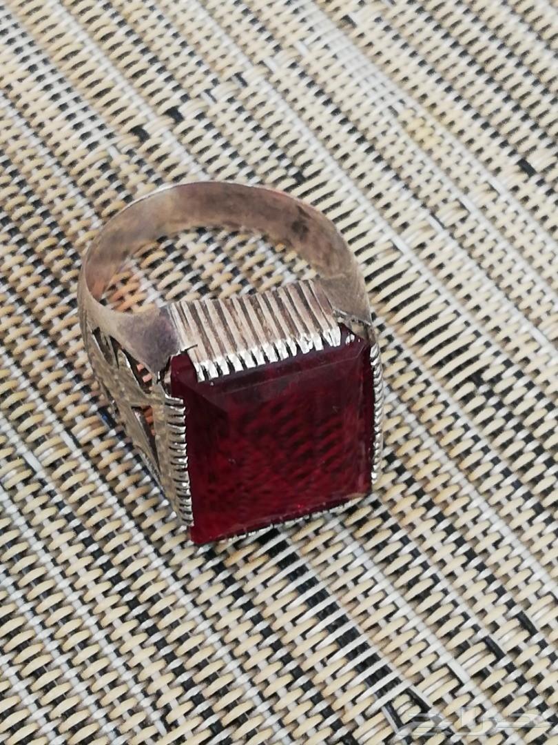 للبيع خاتم ياقوت طبيعي فضة