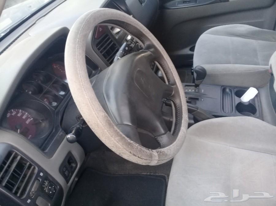 سياره باجيرو 2001