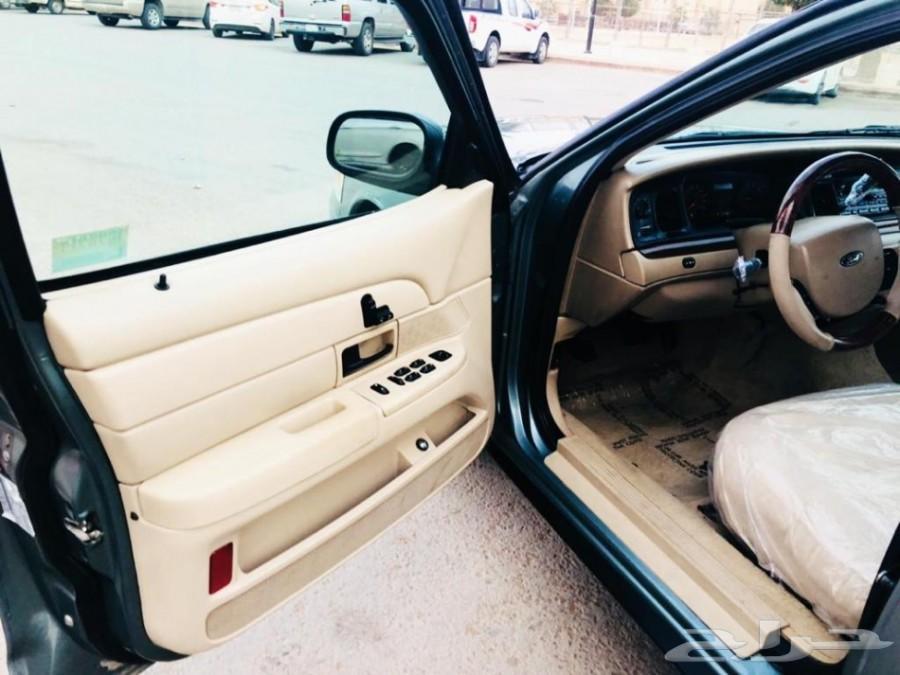 تم البيع فورد فكتوريا2006 عداد (100)