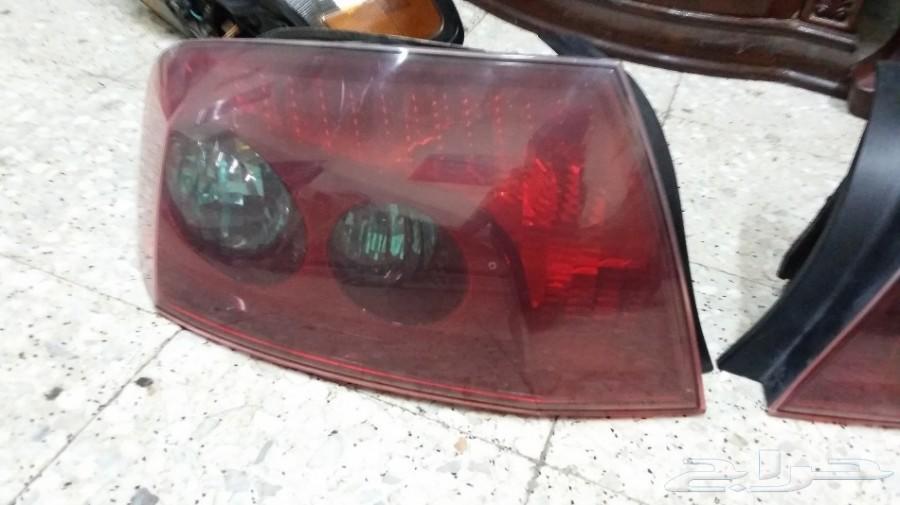 شمعة يمين واصطبات بيجو 407 أصلي مستعمل 2006