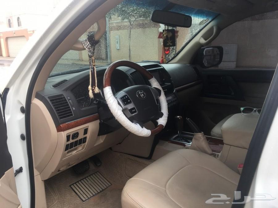 تم بيع السياره جي اكس GX 2012