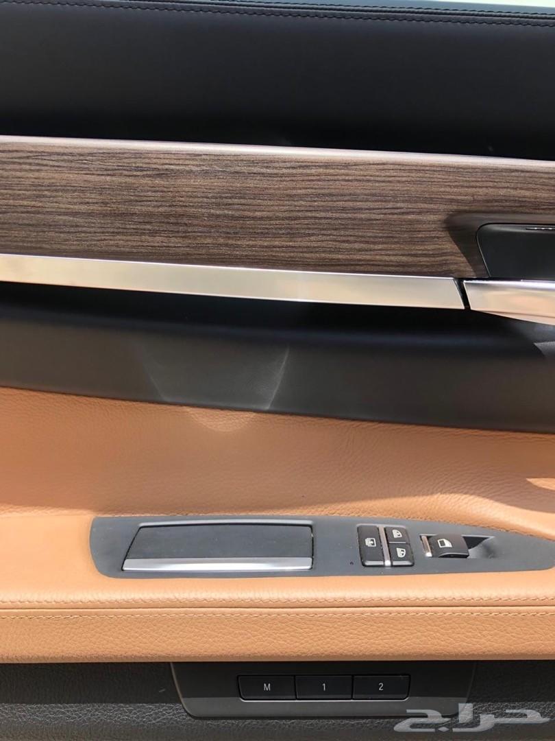 بي ام دبليو 750 بحالة الوكالة ( مباعة )