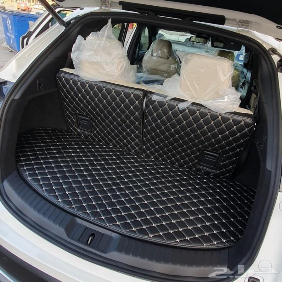 ارضيات فاخرة للسيارة تحمي من الاوساخ