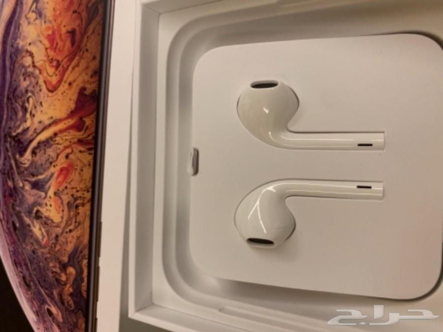 سماعه ايفون اكس ماكس جديدة من كرتون الجهاز