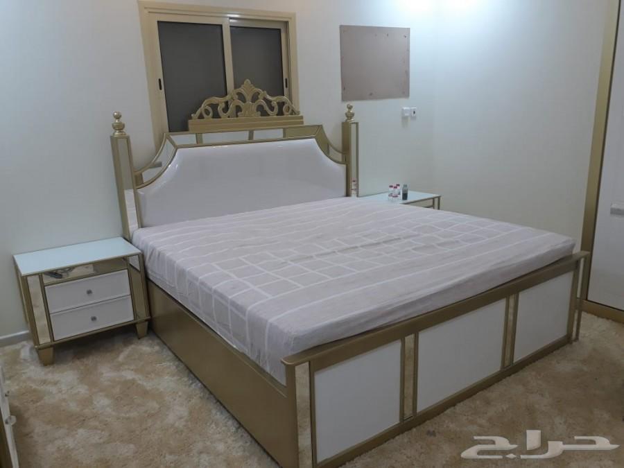 الأثاث الراقي للكنب وغرف النوم تفصيل حسب الطل