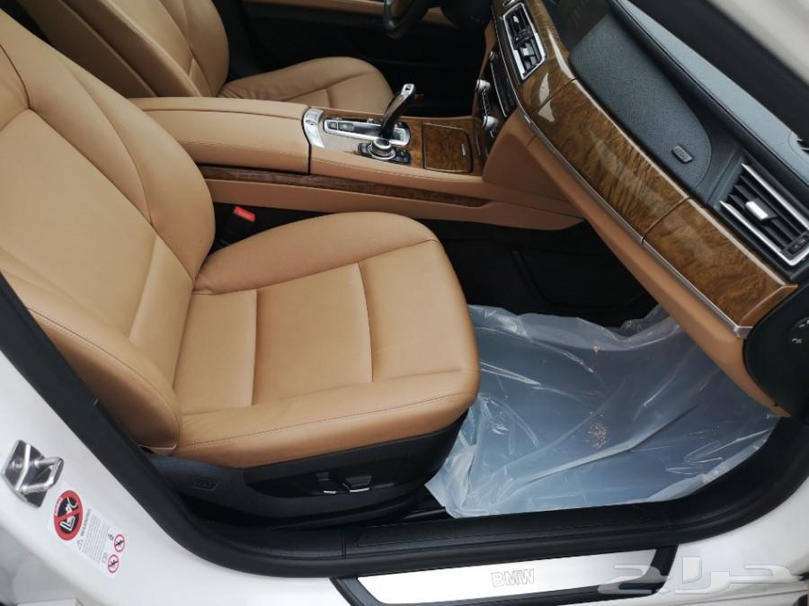 بي ام دبليو 730 (تم البيع) 2010