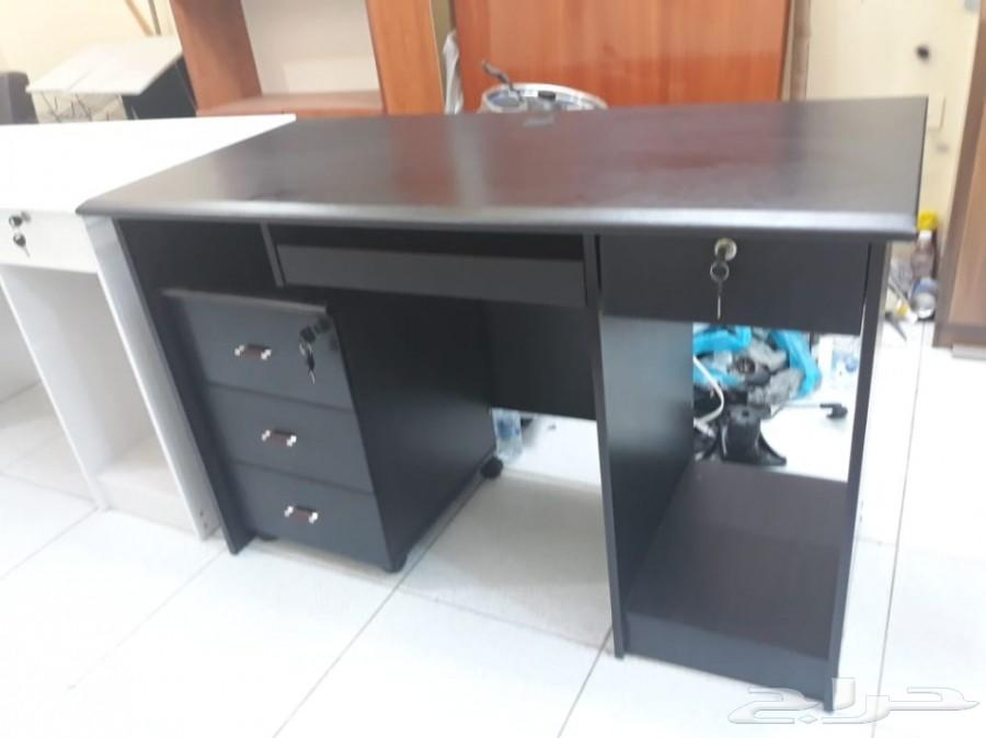 كرسي مكتبي طاولة مكتب اثاث مكتبي