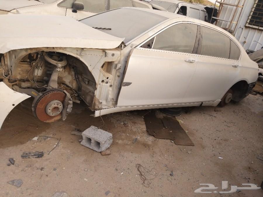 Bmw 750 2010 قطع غيار فقط