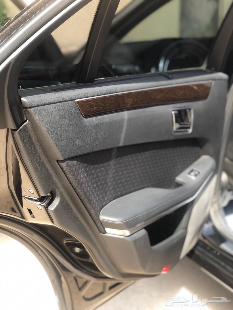 مرسيدس E350 اسود 2010
