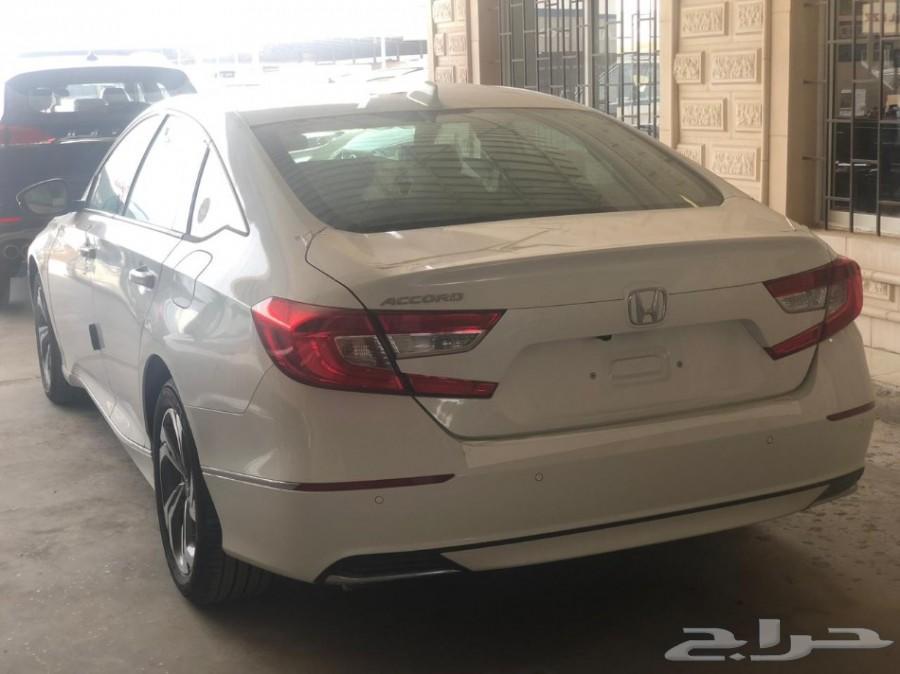 هوندا اكورد EX أبيض 2018 أصفار للبيع