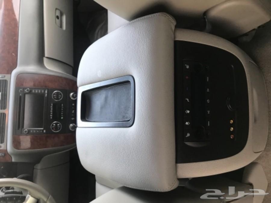 تاهو LTZ لؤلؤي 2010 لوحة مميزة
