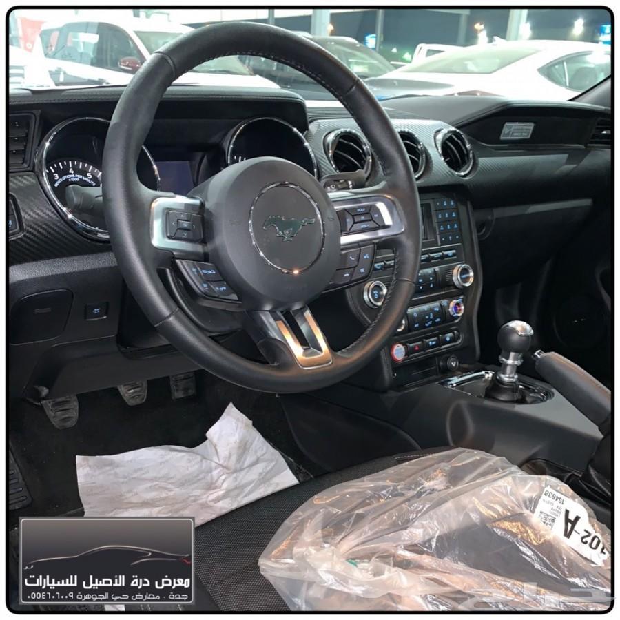 فورد موستينج V6 قير عادي . جديده . 2017