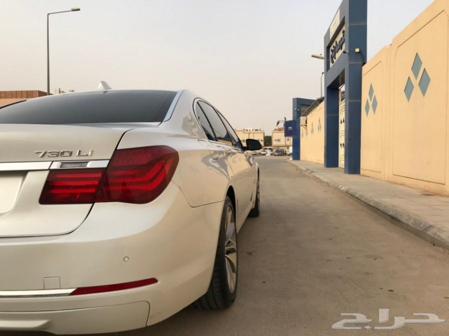 - BMW  730Li