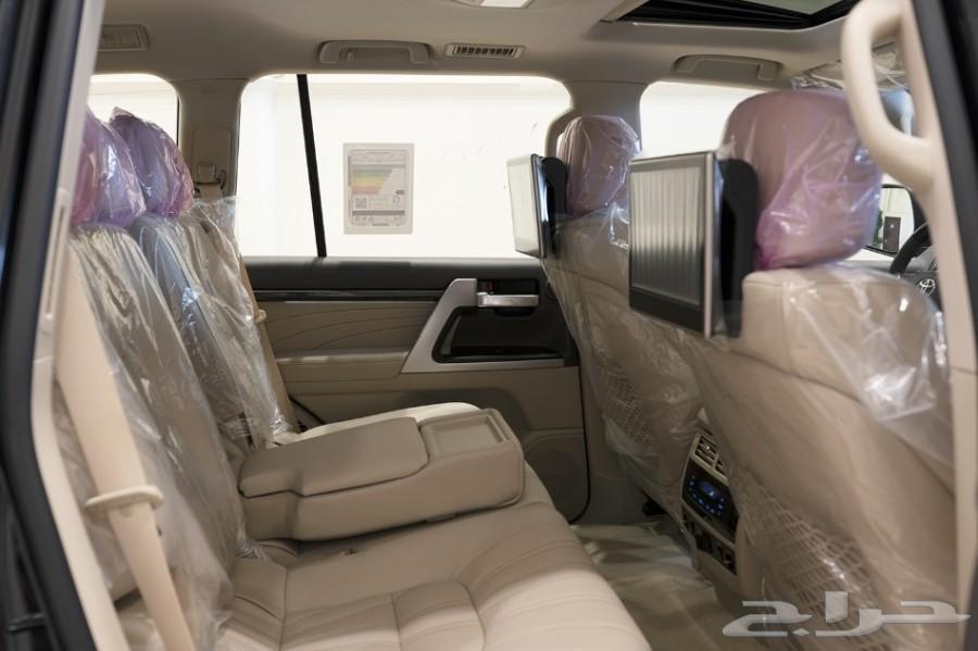 لاندكروزر VX-S موديل 2019 بسعر 313000ريال