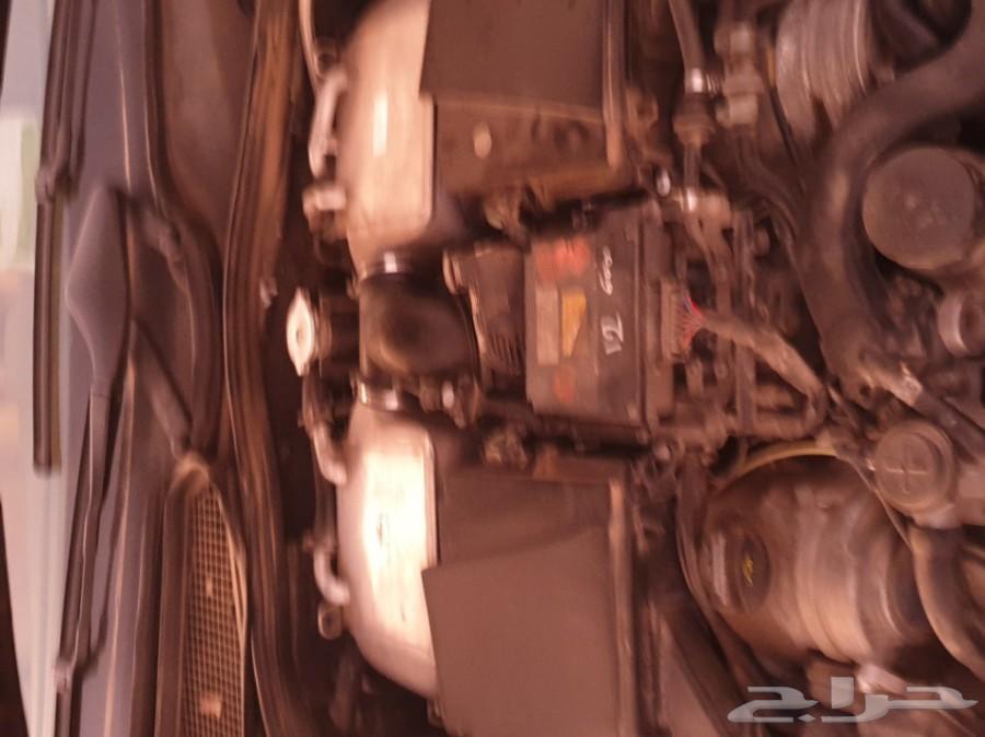 محركات 600 W220