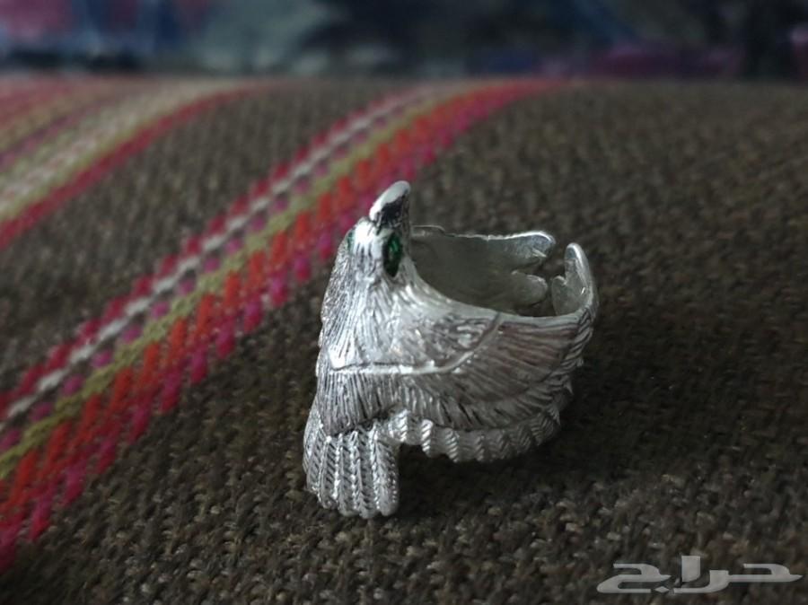 خاتم شكل صقر فضة
