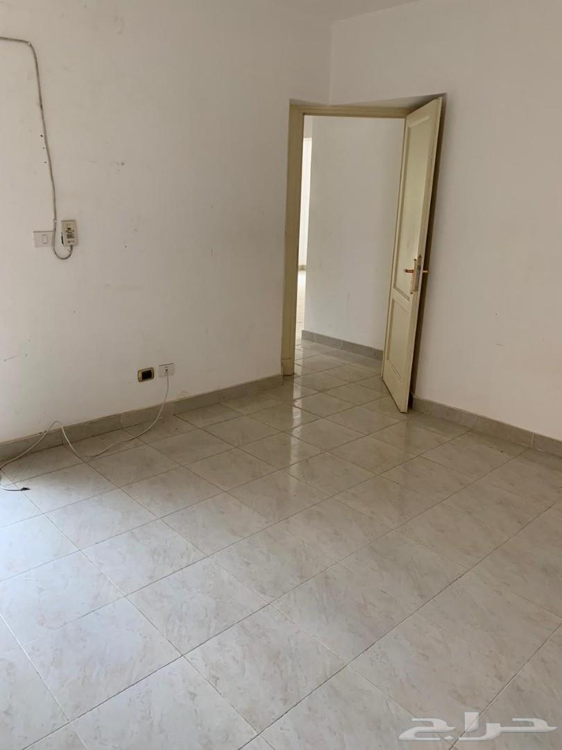 لمحبي الرقي شقة في الرحاب بالقاهرة
