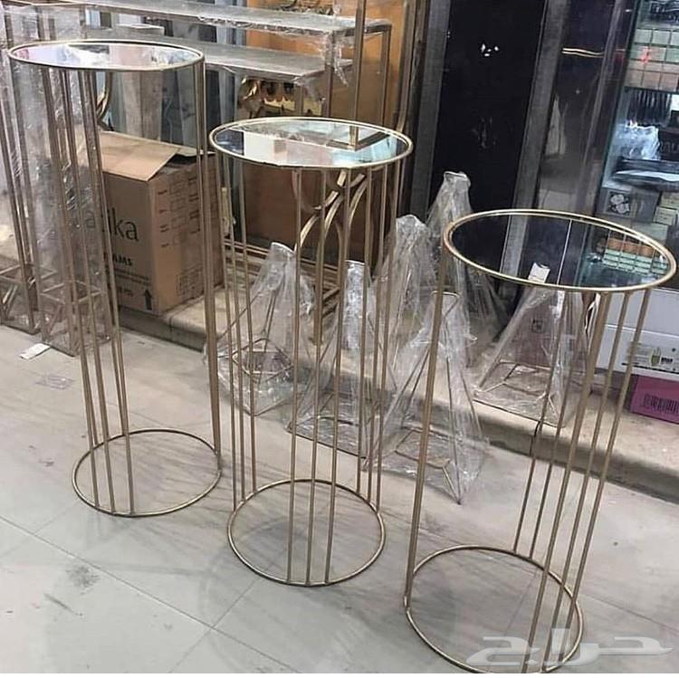 طاولات تنفيذ اي شكل