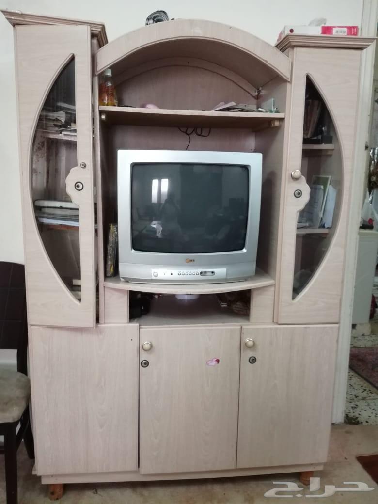 اثاث و أجهزة منزلية مستعملة بحالة ممتازة