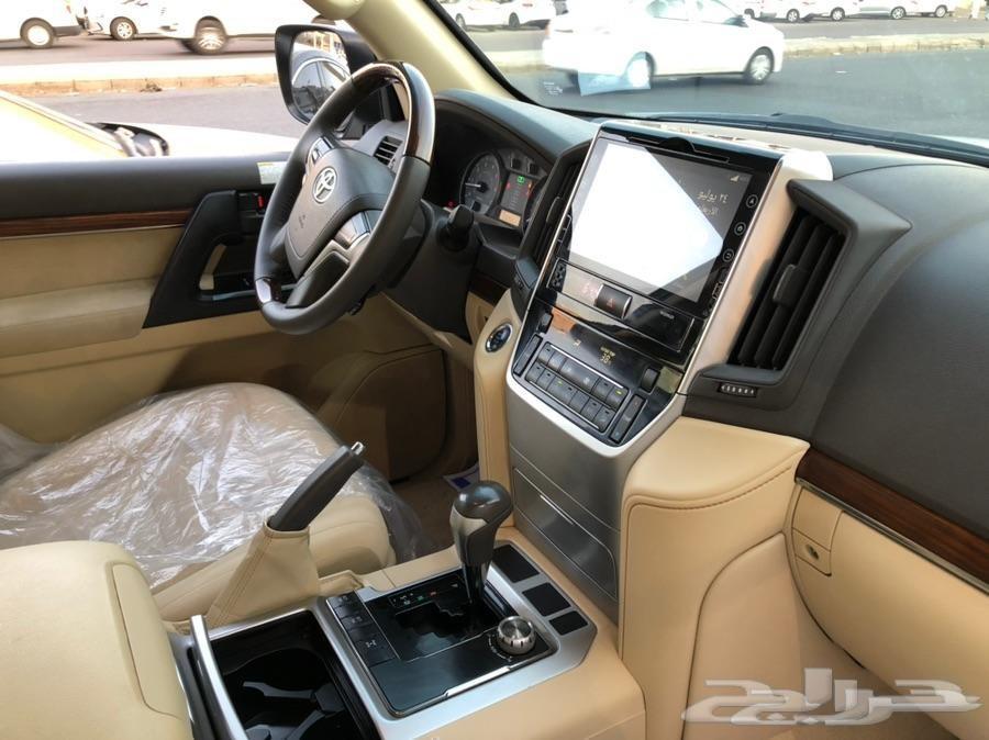 للبيع تويوتا لاندكروزر 2016 -GXR فل V8