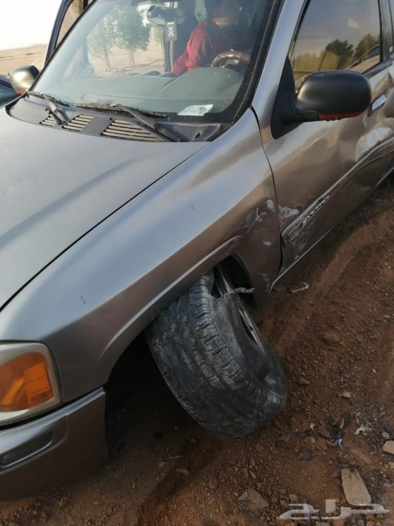 سيارة انفوي موديل 2002 مصدومة للبيع تشليح