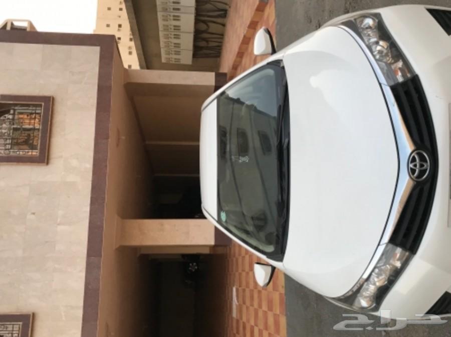 كورولا 2015 وكاله تم البيع