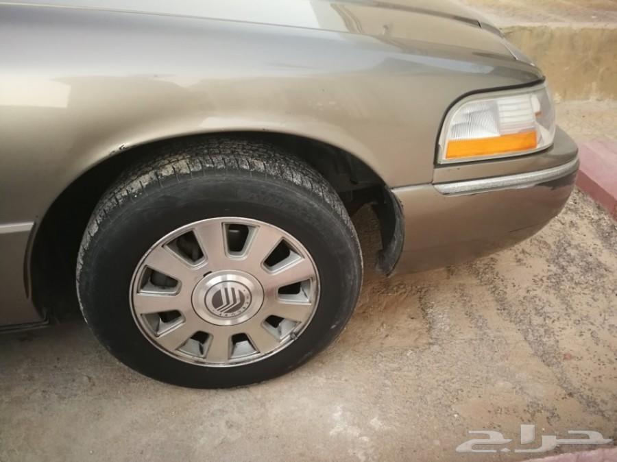سيارة فورد جراند ماركيز 2003