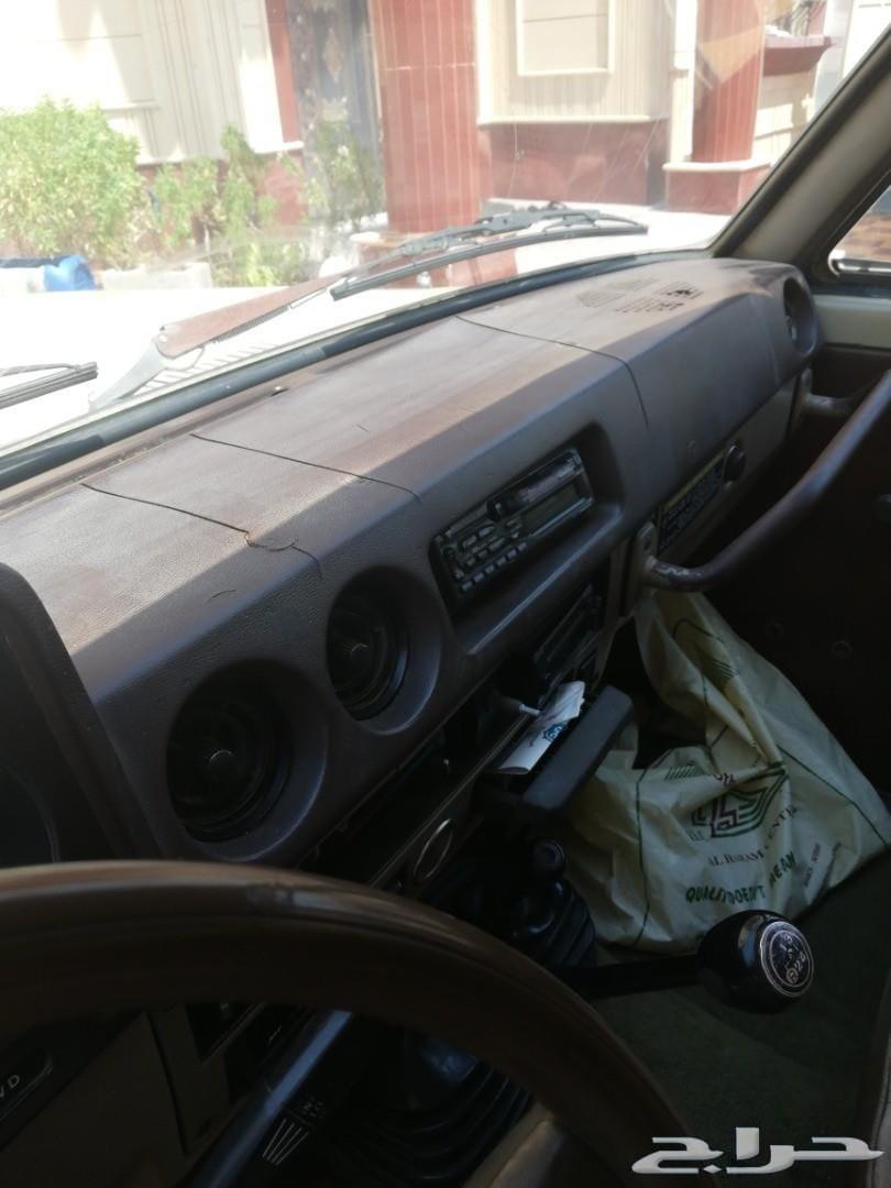 سيارة جيب تويوتا جي 84