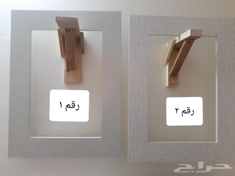 ديكور خشبي لإقفال فتحة شباك المكيف