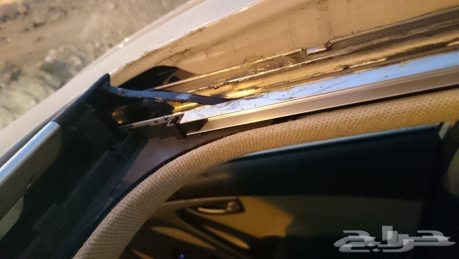فتحة سقف سيارتك ثقيله اتصل نجي نصلحها لك بجده