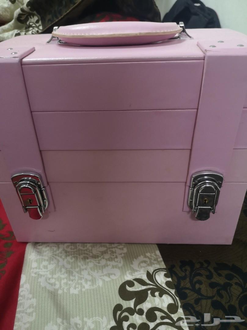 صندوق مكياج