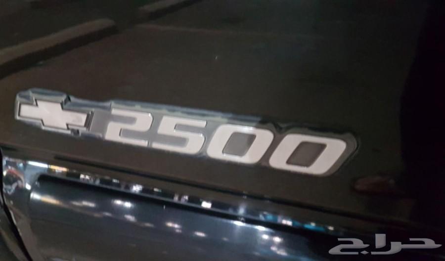 سيارة GMC سوبربان 2000 نظيفة جدا