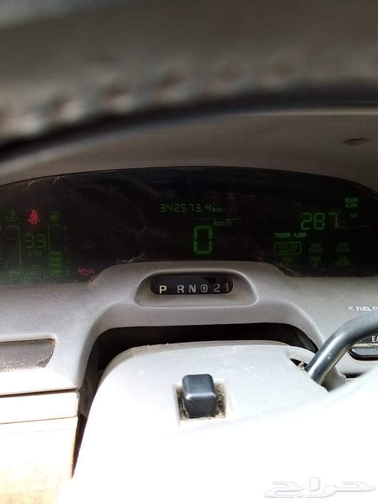 فورد جراند ماركيز موديل السيارة 1999