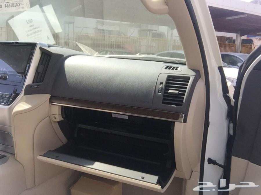 تويوتا لاندكروزر GXRبنزين رقم 2 2019 سعودي