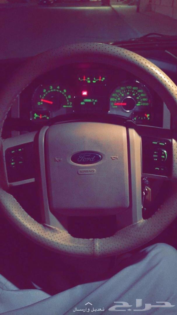 سياره جيب فورد
