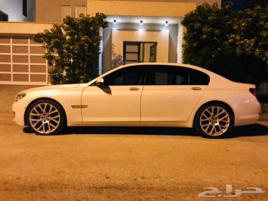 BMW 750 il موديل 2015 تحت الضمان