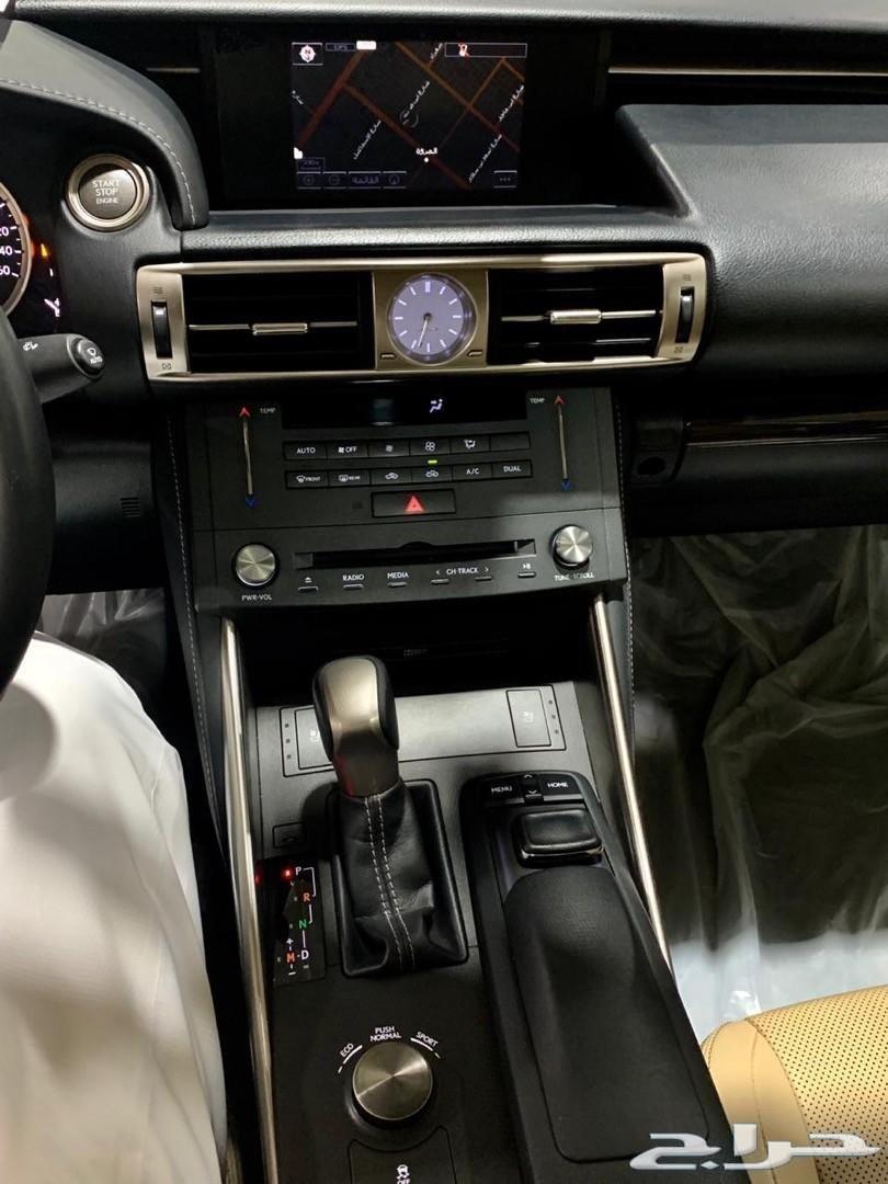 لكزس IS350 موديل 2015 وارد الفطيم