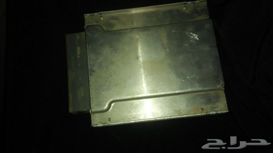 للبيع كمبيوتر فورد موديل 2004