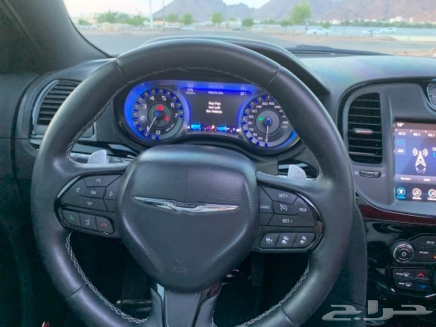 كرايزلر S قمة في النظافة V8