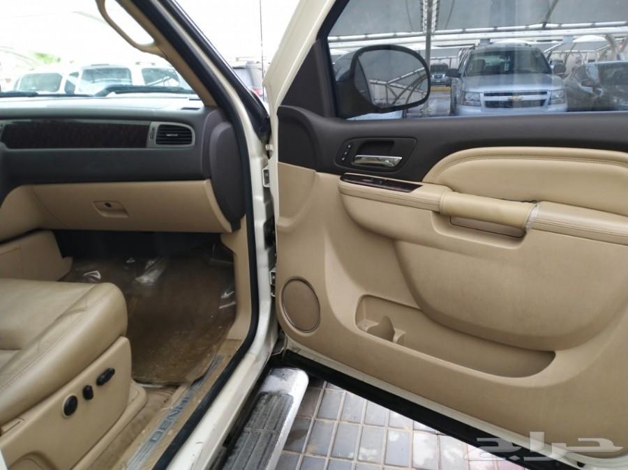 للبيع سيارة جي ام سي سييرا 2013 فل كامل
